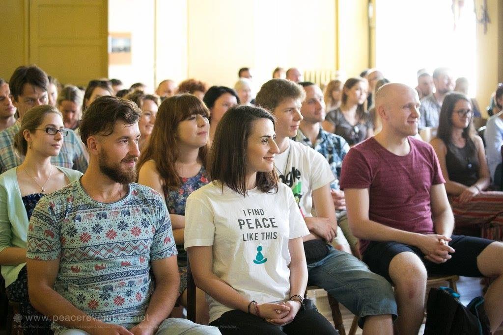 peace revolution poland poznan, Medytacja drogą budowania pokoju naświecie